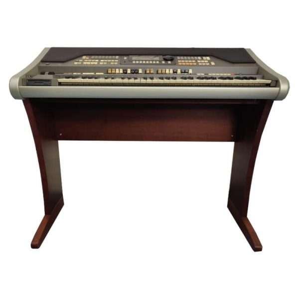 Used Hammond XE1 Organ