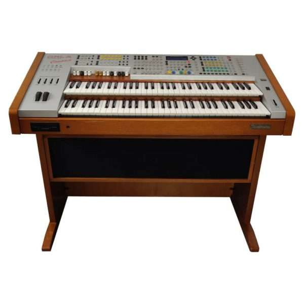 Used Orla GT8000 Compact Lusso Theatrette Organ