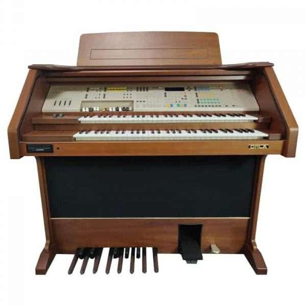 Used Orla GT9000 DLX Organ