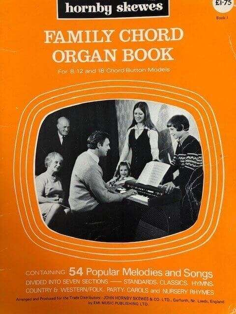 Family Organ Book for 8, 12 and 18 Chord Models - Book I