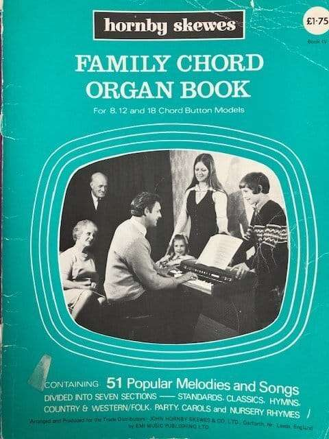 Family Chord Organ Book for 8,12 and 18 Chord Button Models - Book IV